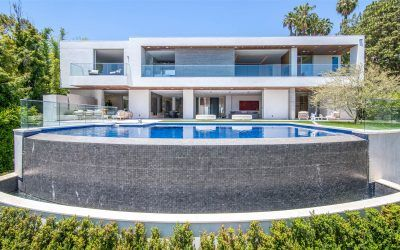 David Spade buys a modern mansion near the Comedy Store for $13.85 million